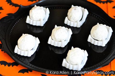 Pottery-Barn-Kids-Halloween-Party-by-Kara-Allen-of-Karas-Party-Ideas-KarasPartyIdeas.com-potterybarnkids-halloween-halloweenpartyideas-39.jpg