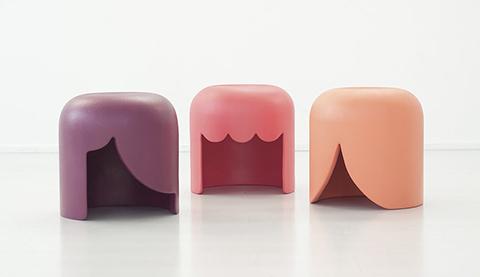 playmobilia-stools-01.jpg