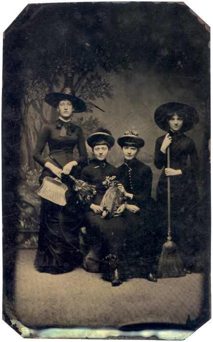 witch girls.jpg