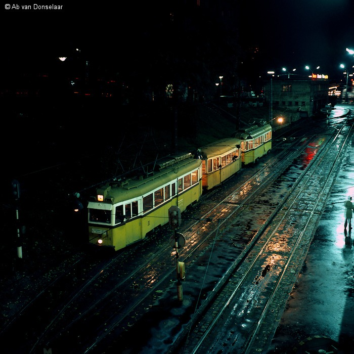 BKV_3298-5819-3299_Ln4_Moszkva_ter_19761017_AvD.jpg