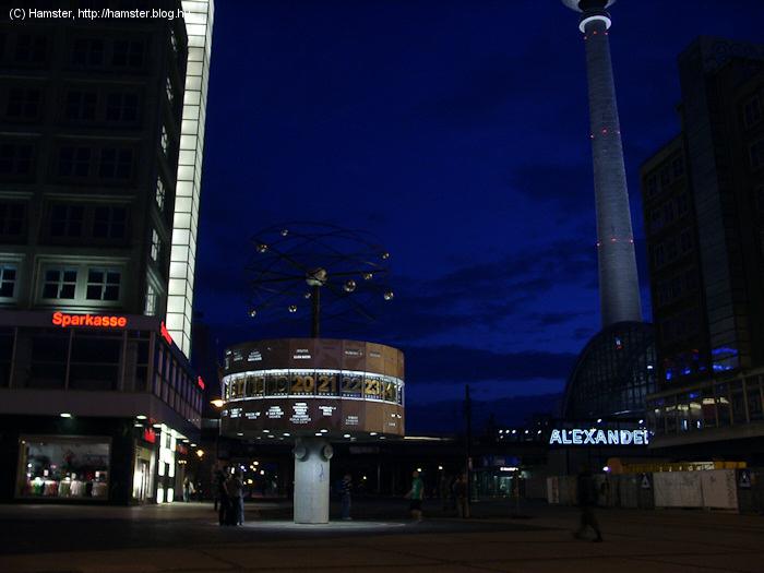 Alexanderplatz_2005.jpg