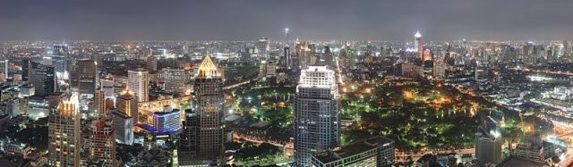 1_Bangkok_Night_Wikimedia_Commons.jpg