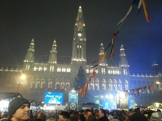 Ausztria, Bécs, Rathausplatz.jpg
