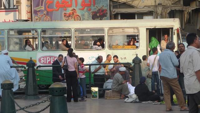 Egyiptom, Kairó, busz.jpg