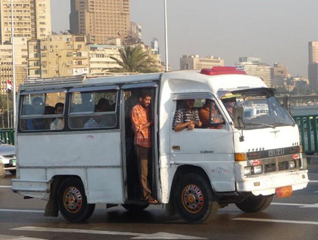 Egyiptom, Kairó, mikrobusz.jpg
