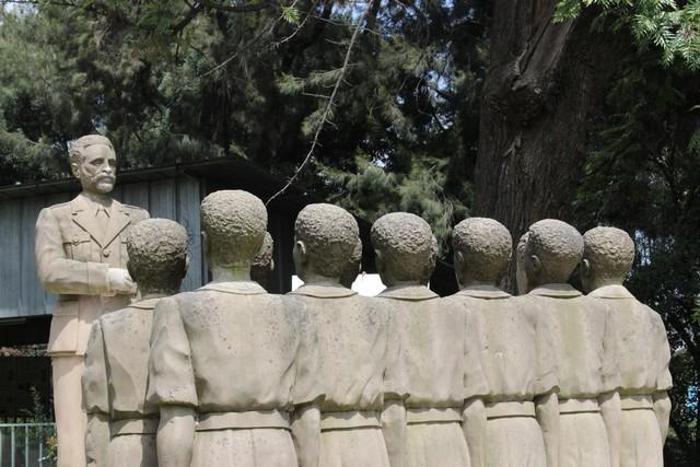 Hailé Szelasszié az utolsó etióp császár és az ifjúság.jpg