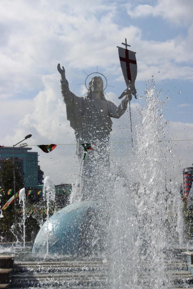 Jézus Krisztus a legnagyobb fárándzsi(nem etióp) sztár Etiópiában_1728x2592.jpg