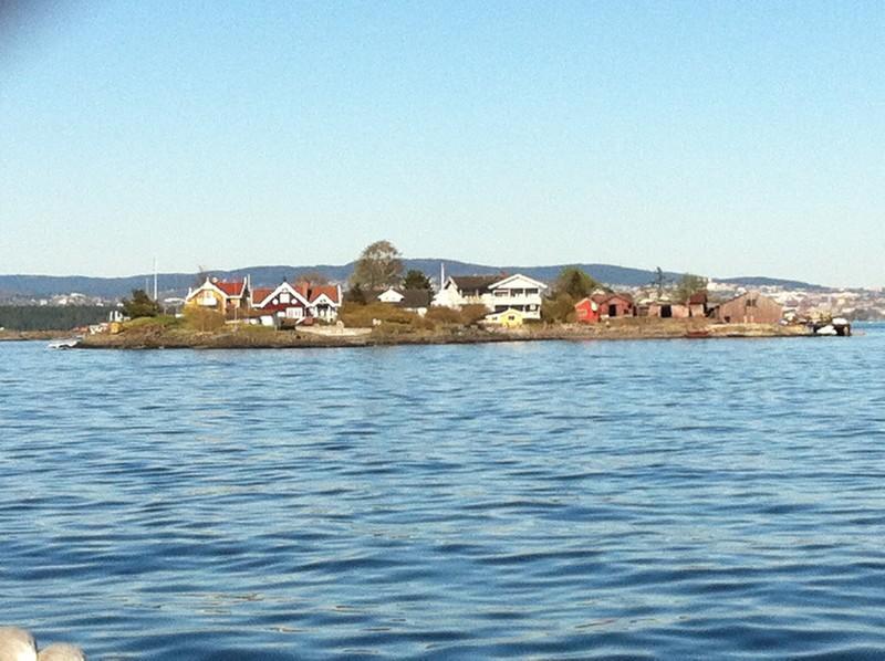 Oslót kicsi szigetek veszik körül ahol laknak.jpg