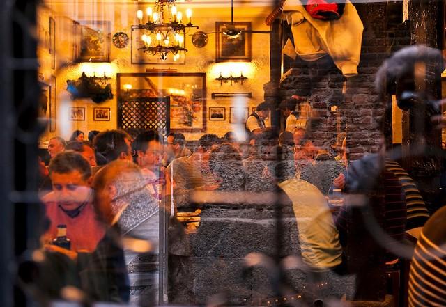 Spanyolország, Madrid pub.jpg