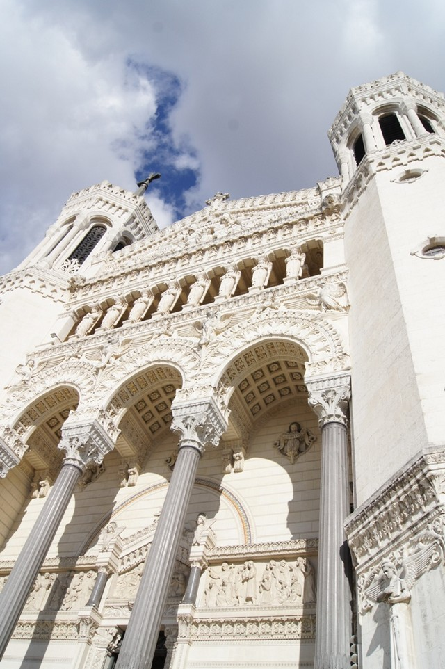 St Jean Cathedral Lyon.jpg