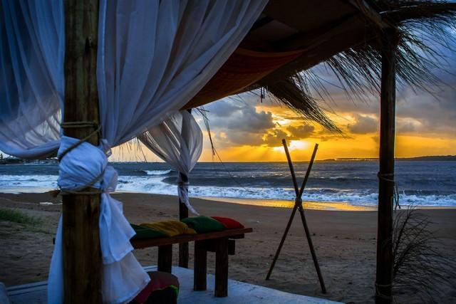 bungaló a tengerparton.jpg
