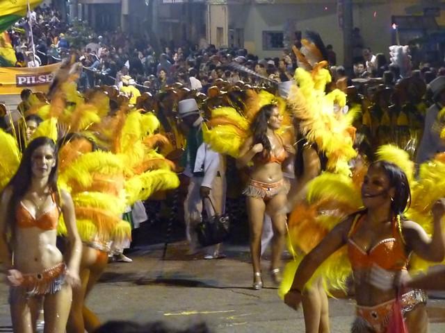 cím Montevideo karnevál.jpg