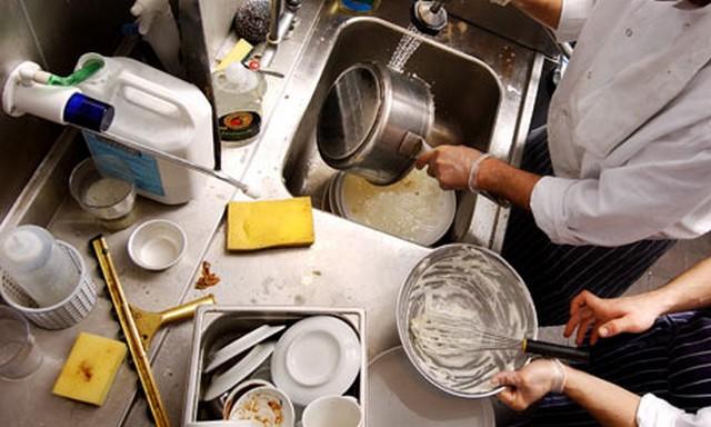 Részmunkaidős fehér mosogató - 2., 3., 11. kerület
