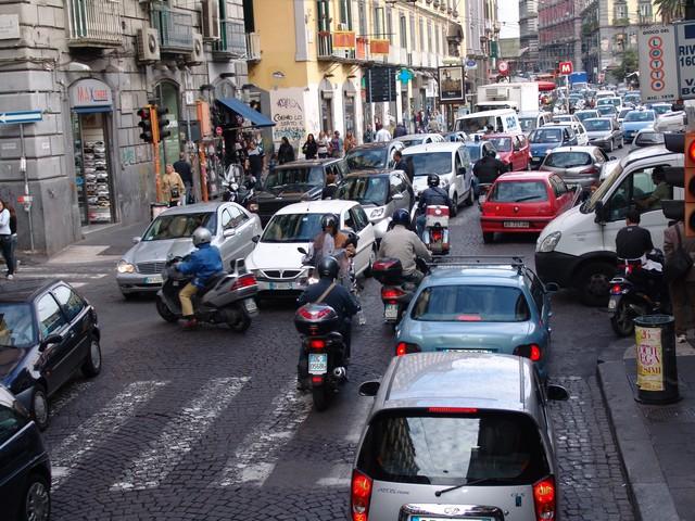 olasz közlekedés.jpg