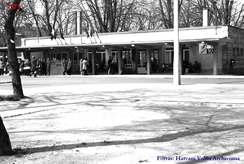 Régi buszpályaudvar-Hatvan (4).jpg
