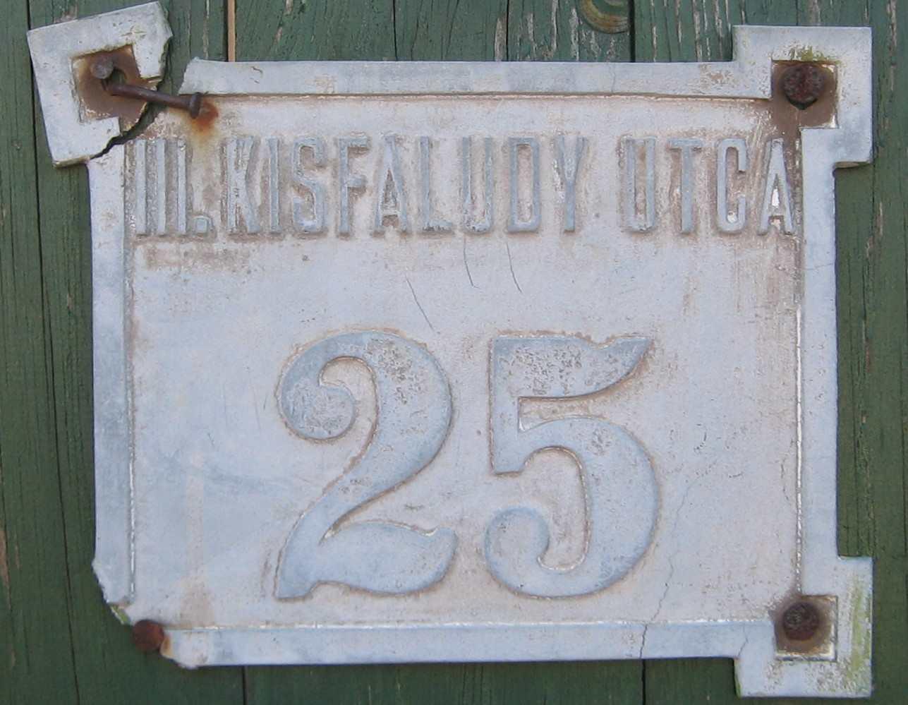 III. Kisfaludy utca 25..JPG