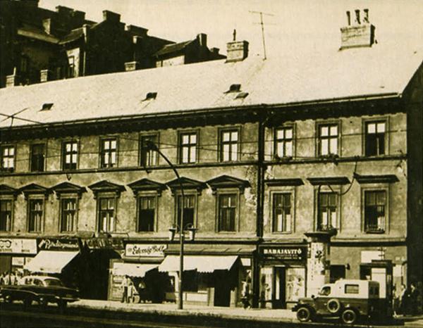 13 Hacker ház kb 1965 via myjewishquarter.jpg