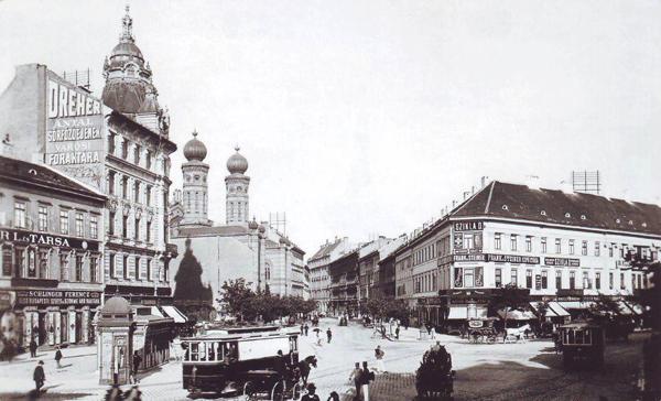 Huszár ház via Magyarország képalbum fb.jpg