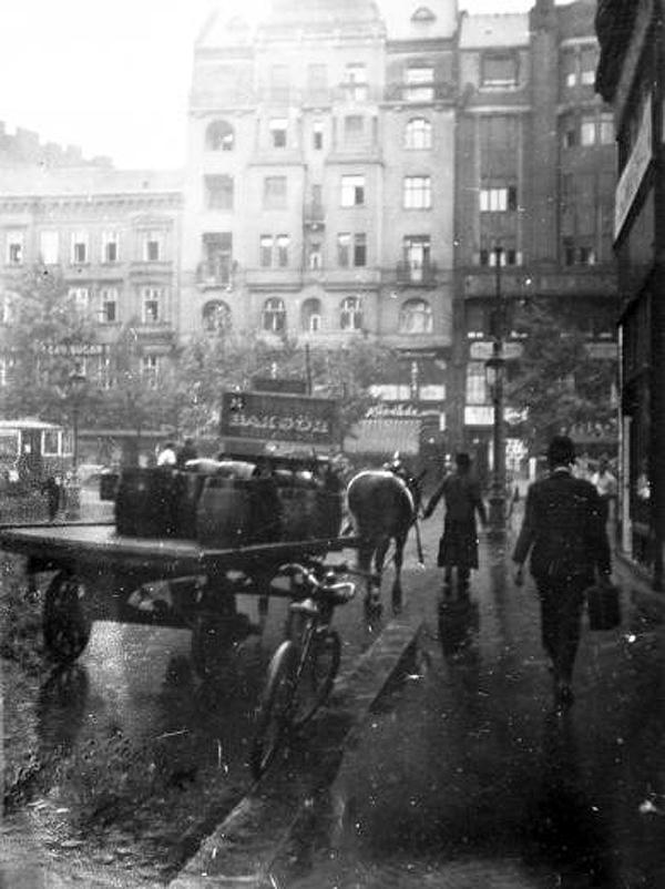 Károly krt a Dob u felől 1925-30.jpg