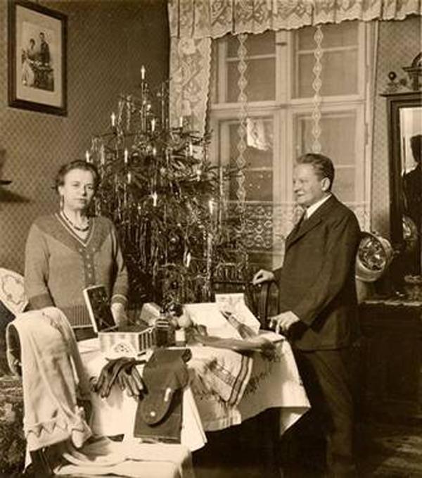 1932 via villa-oppenheim-berlin.de.jpg