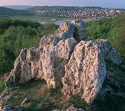 a_balaton_felvidek_csodai_vulkanok_kotengerek_barlangok.jpg