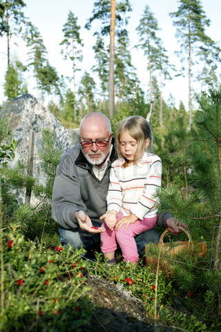 grandfather-and-granddaughter.jpg