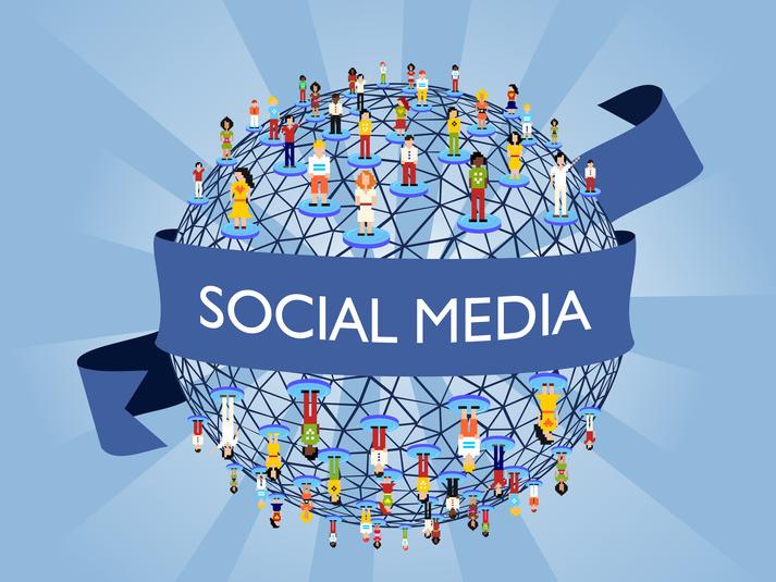 social-media-students.png