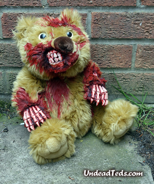 zombipluss12.jpg