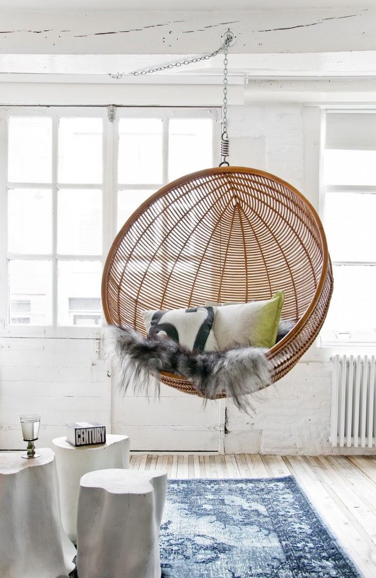 furniture-wonderful-egg-shape-rattan-hanging-chair-10.jpg
