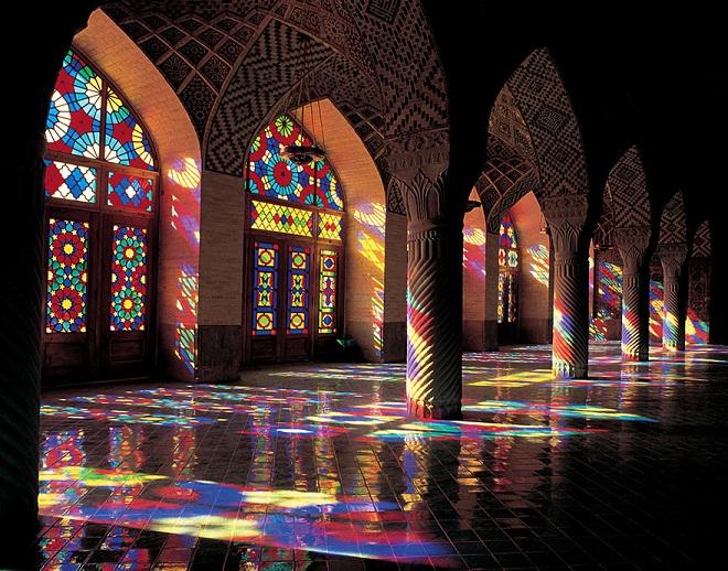 nasir-al-mulk-mosque-shiraz-iran-5.jpg