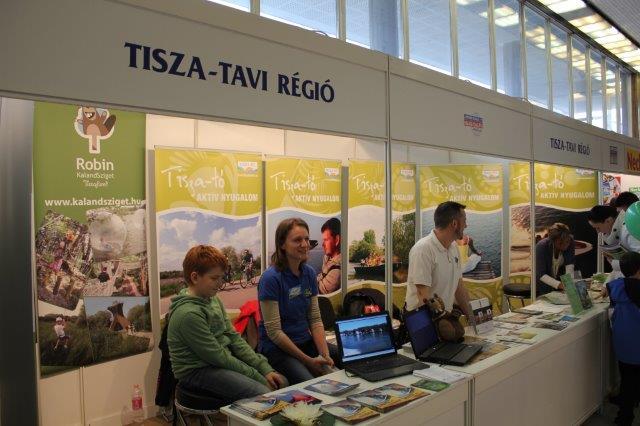 Miskolci kiállítás - Tisza-tó.jpg