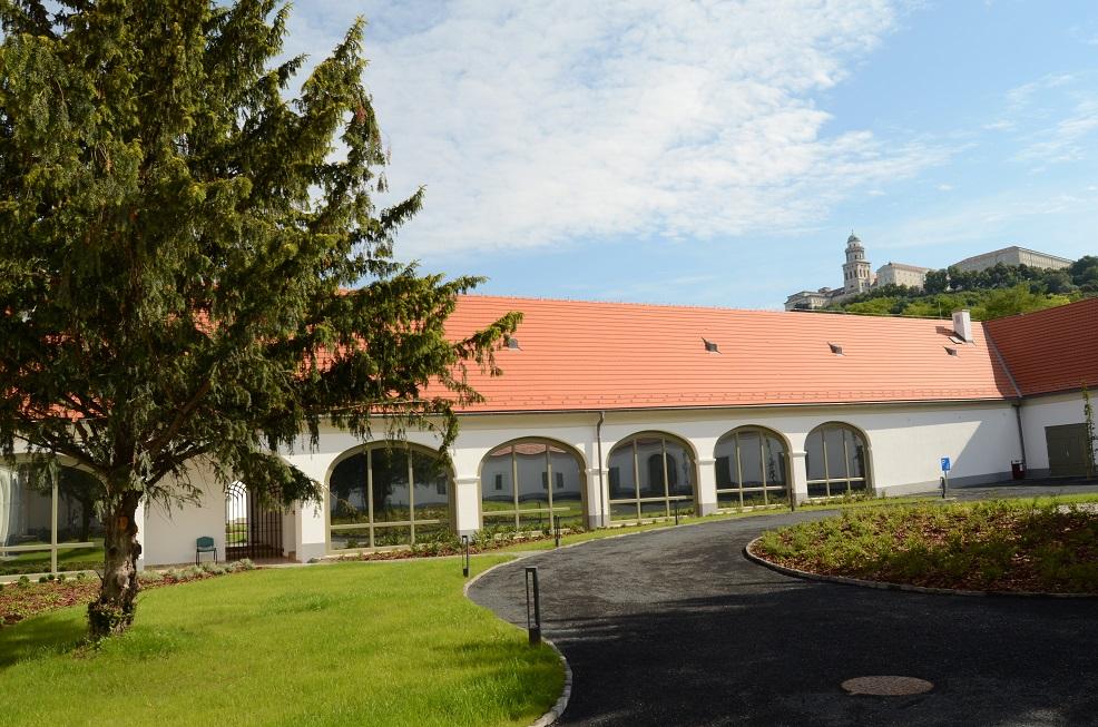 Pannonhalmi Apátsági Major Látogatóközpont DSC_0767.jpg