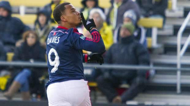 110114-SOCCER-New-England-Revolution-forward-Charlie-Davies-PI.vadapt.620.medium.0_1.jpg