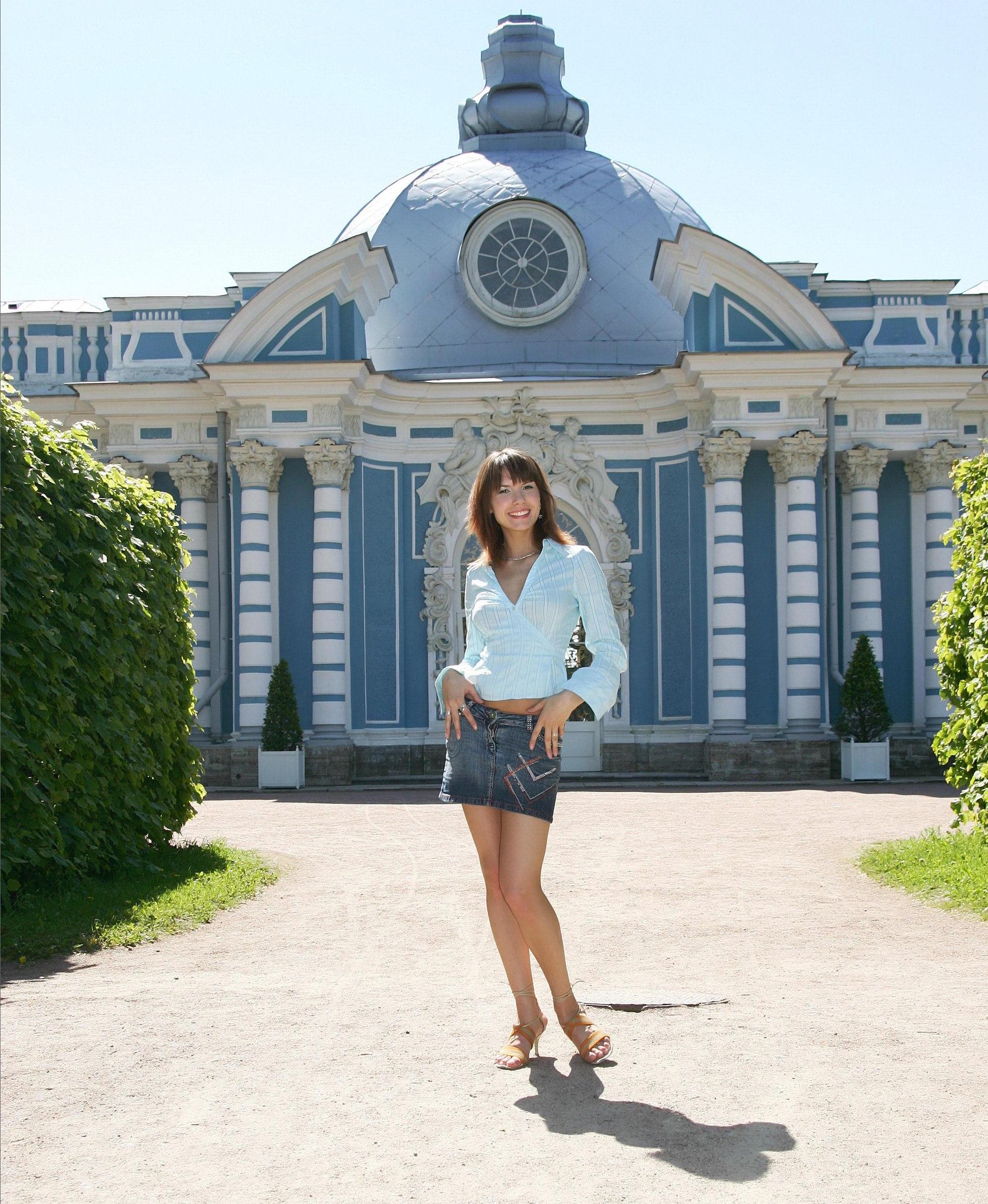 csinos-orosz-lány-Szentpéterváron.jpg