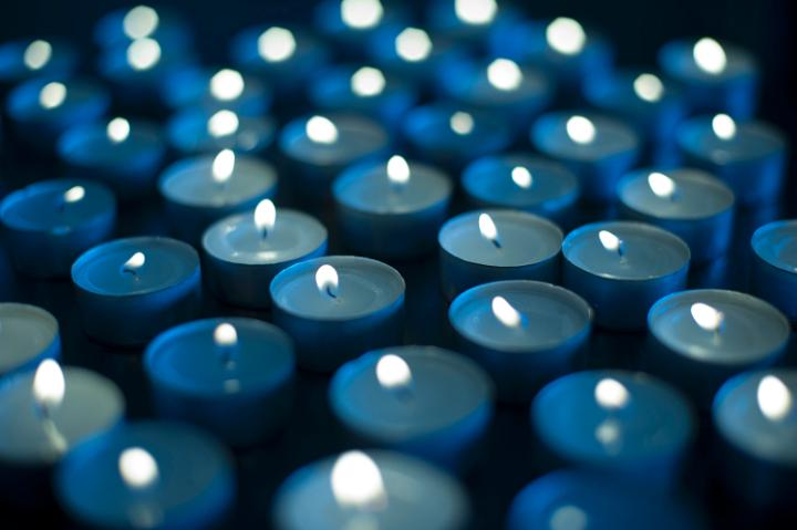 array_of_candles.jpg