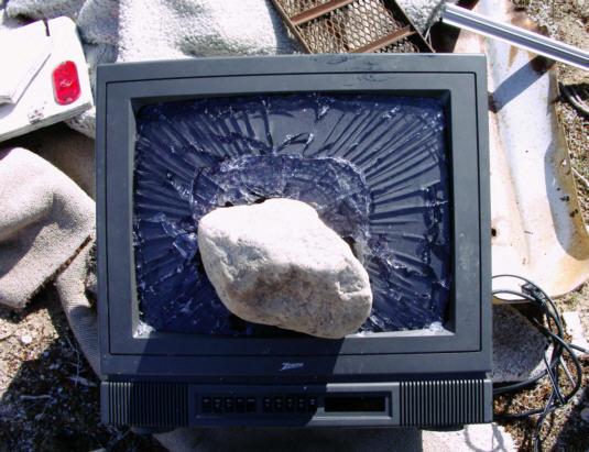 tv_szetverve.jpg
