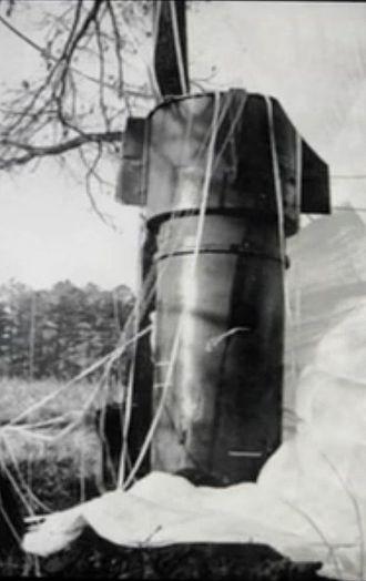Goldsboro_Mk_39_Bomb_1-close-up.jpeg.jpeg