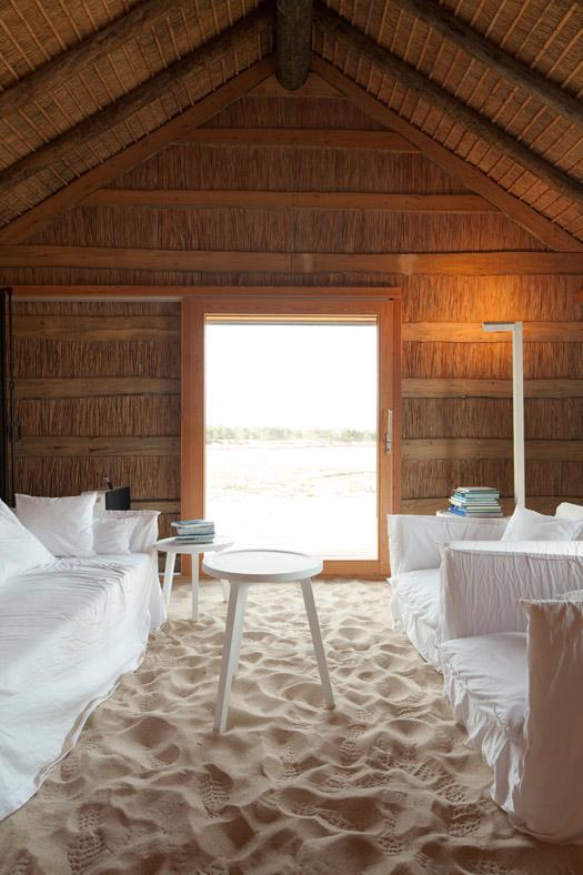 5-Welcome-Beyond-Casas-Na-Areia-Photos-Nelson-Garrido.jpg