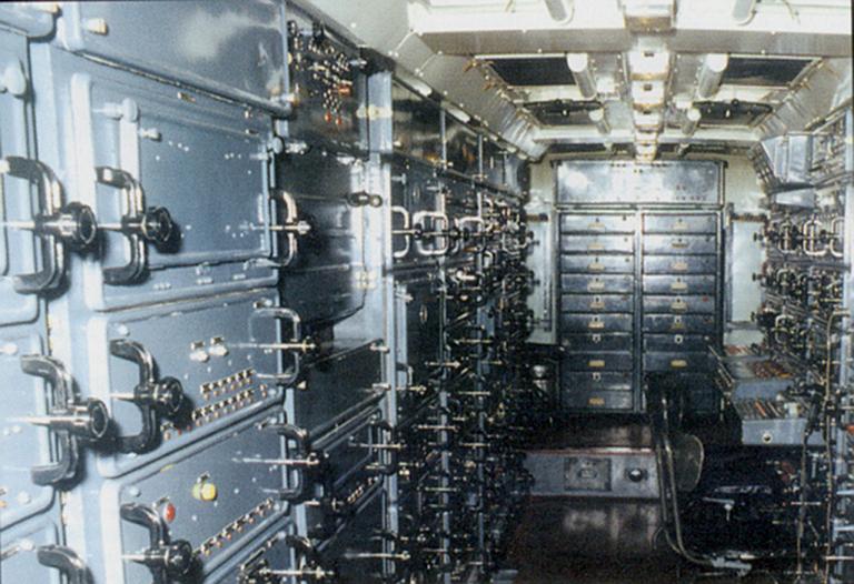 S-200VE-K-3-LCC-Van-Crew-Stations-1S.jpg