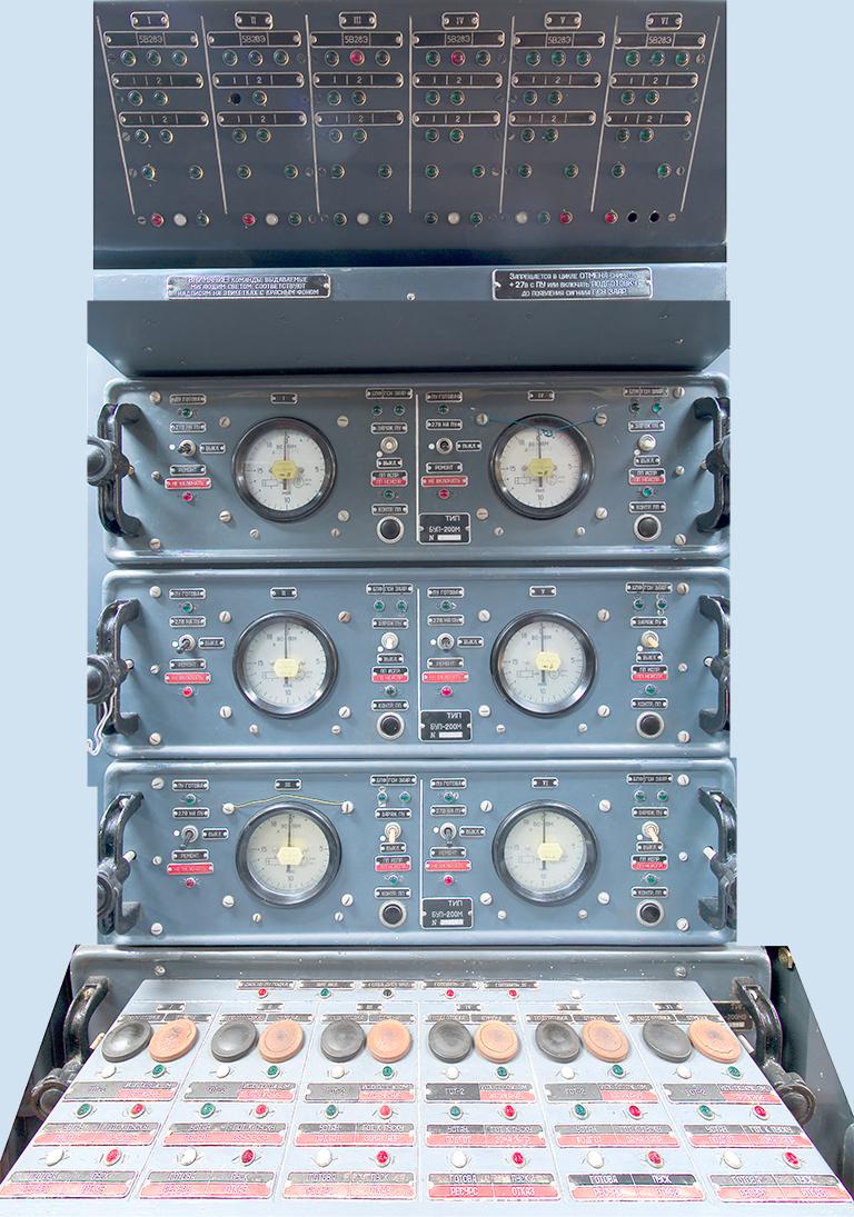 S-200VE-K-3-LCC-Van-Crew-Stations-3S.jpg