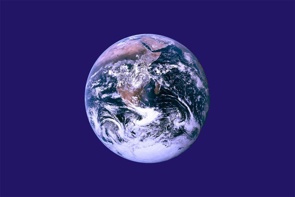 Föld napja zászló.jpg