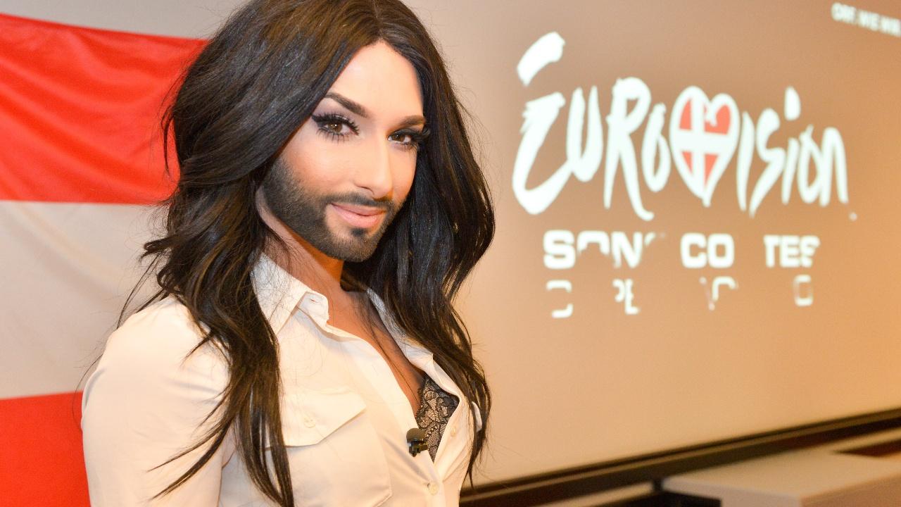 eurovision-song-contest-conchita-wurst-als-bondgirl-41-51776739.jpg