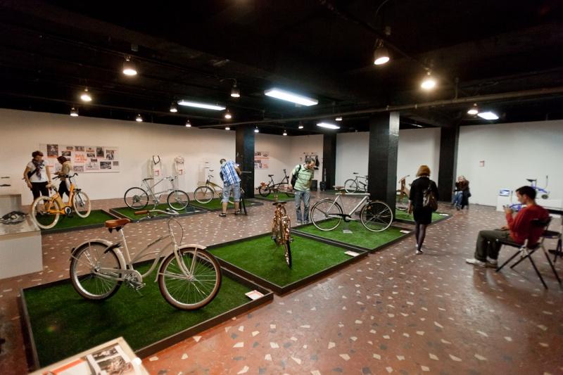 Hungarian Cycle Chic - azaz bringával a vörös szőnyegen
