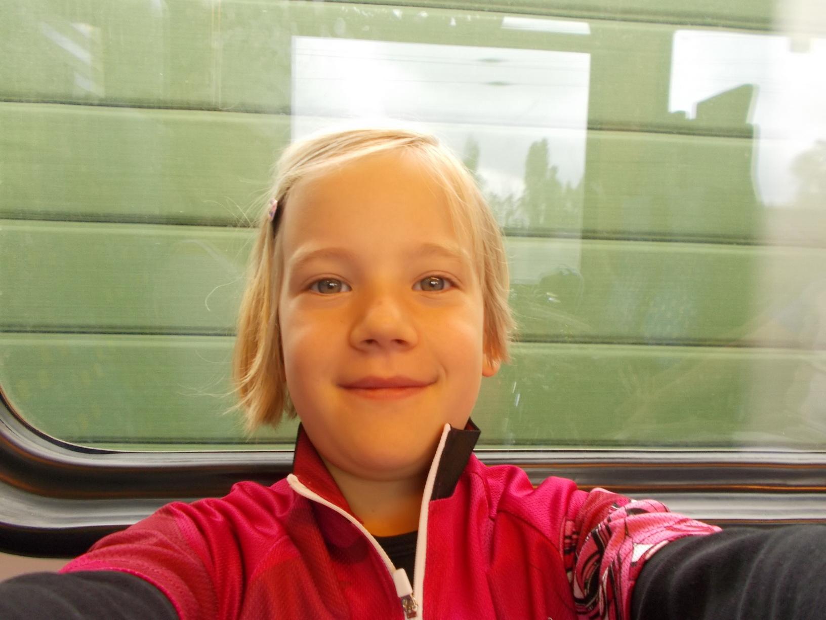 Szonja selfije a vonaton