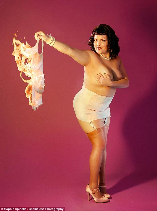 Modell Sandra Pre Nude 27