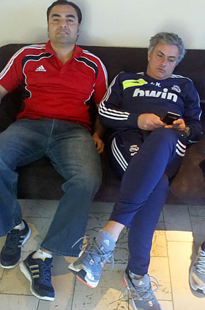 Abel Rodriguez és José Mourinho.jpg