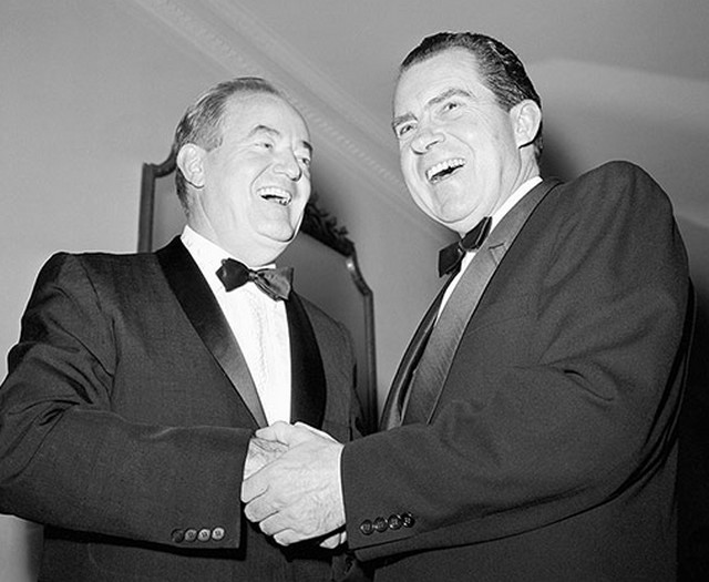 http://m.cdn.blog.hu/ki/kivultagasabb/image/Humphrey-Nixon%201968.jpg