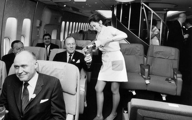 Pan Am pezsgő.jpg
