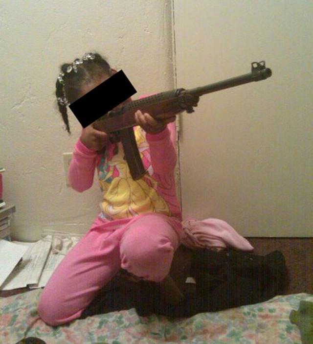 kislány pizsamában.jpg