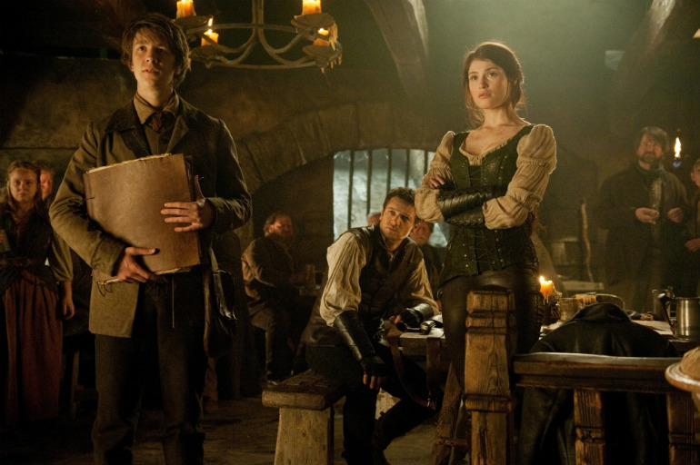 hansel-and-gretel-witch-hunters-jeremy-renner-gemma-arterton.jpg